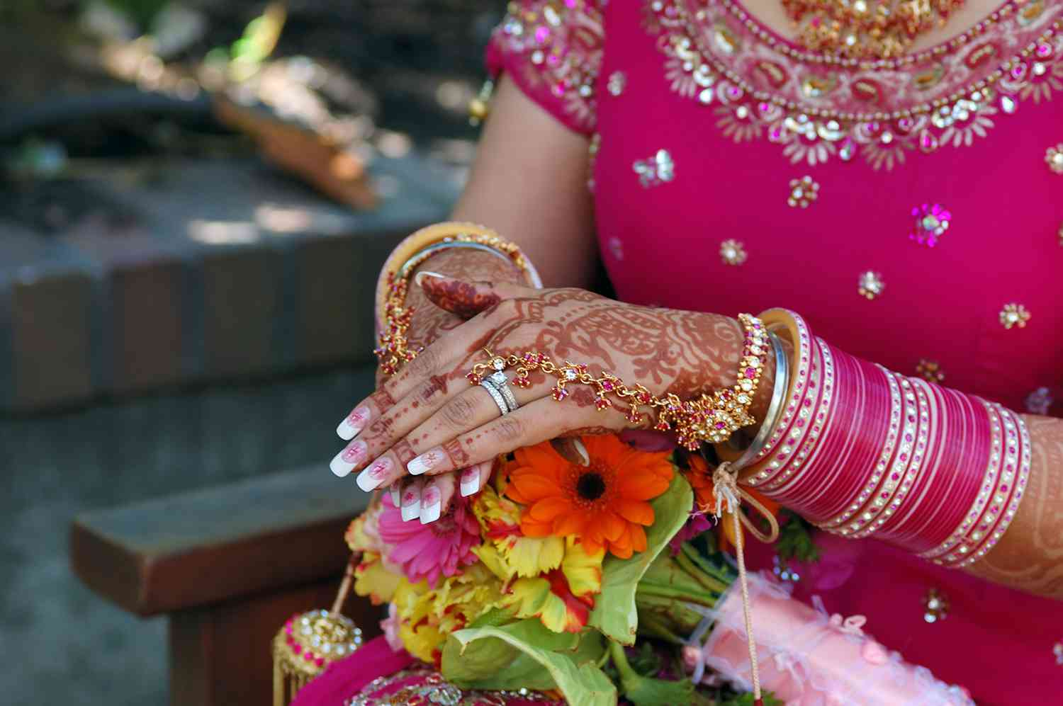 colourful hand of an Indian bride