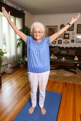 anna-pesce - 86 year old yogi celebrating success