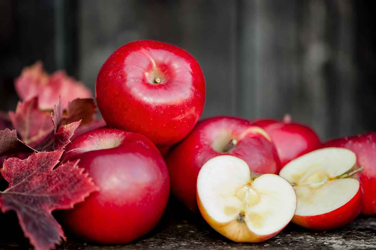 The Hidden Healing Power of Apples!