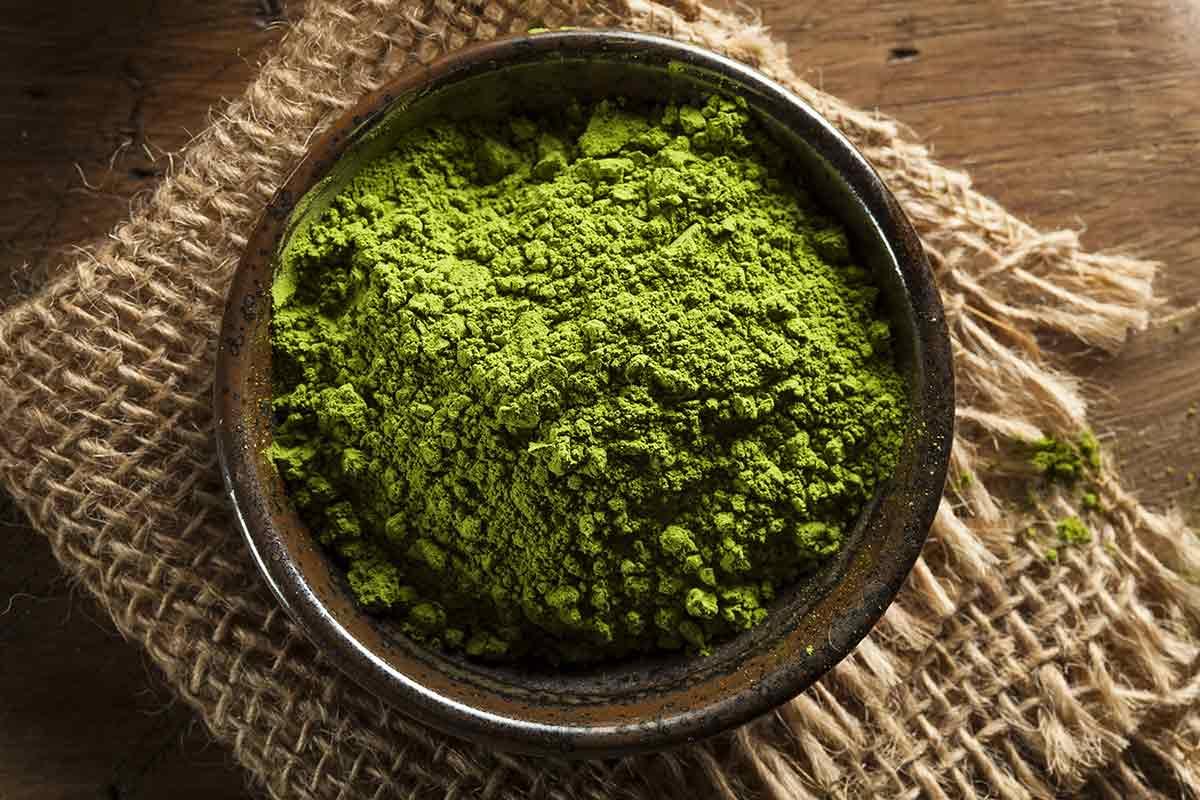 10 Incredible Reasons To Start Drinking Matcha Green Tea Today!