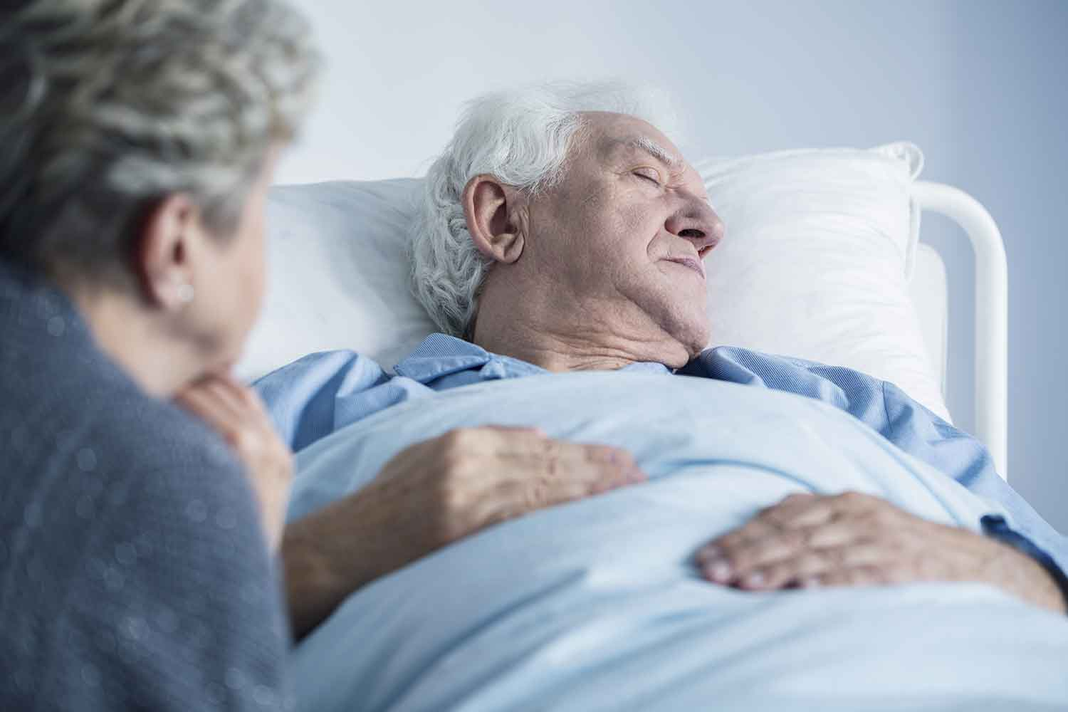 The Top 5 Regrets People Make On Their Deathbed - And What They Teach Us about Living