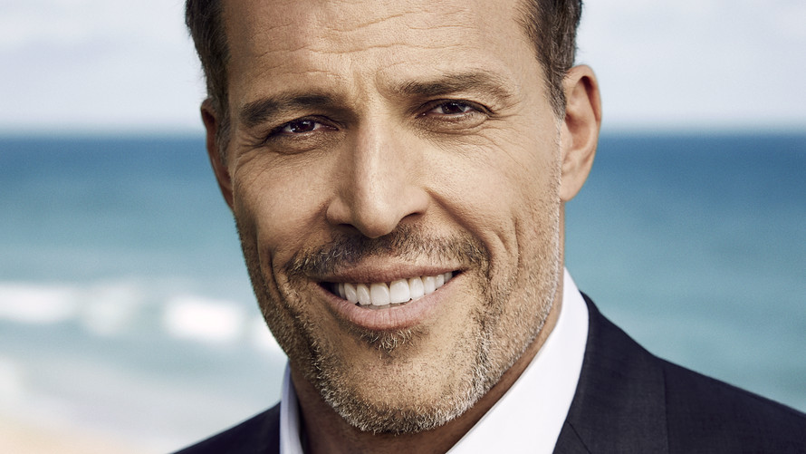tony robbins author pic