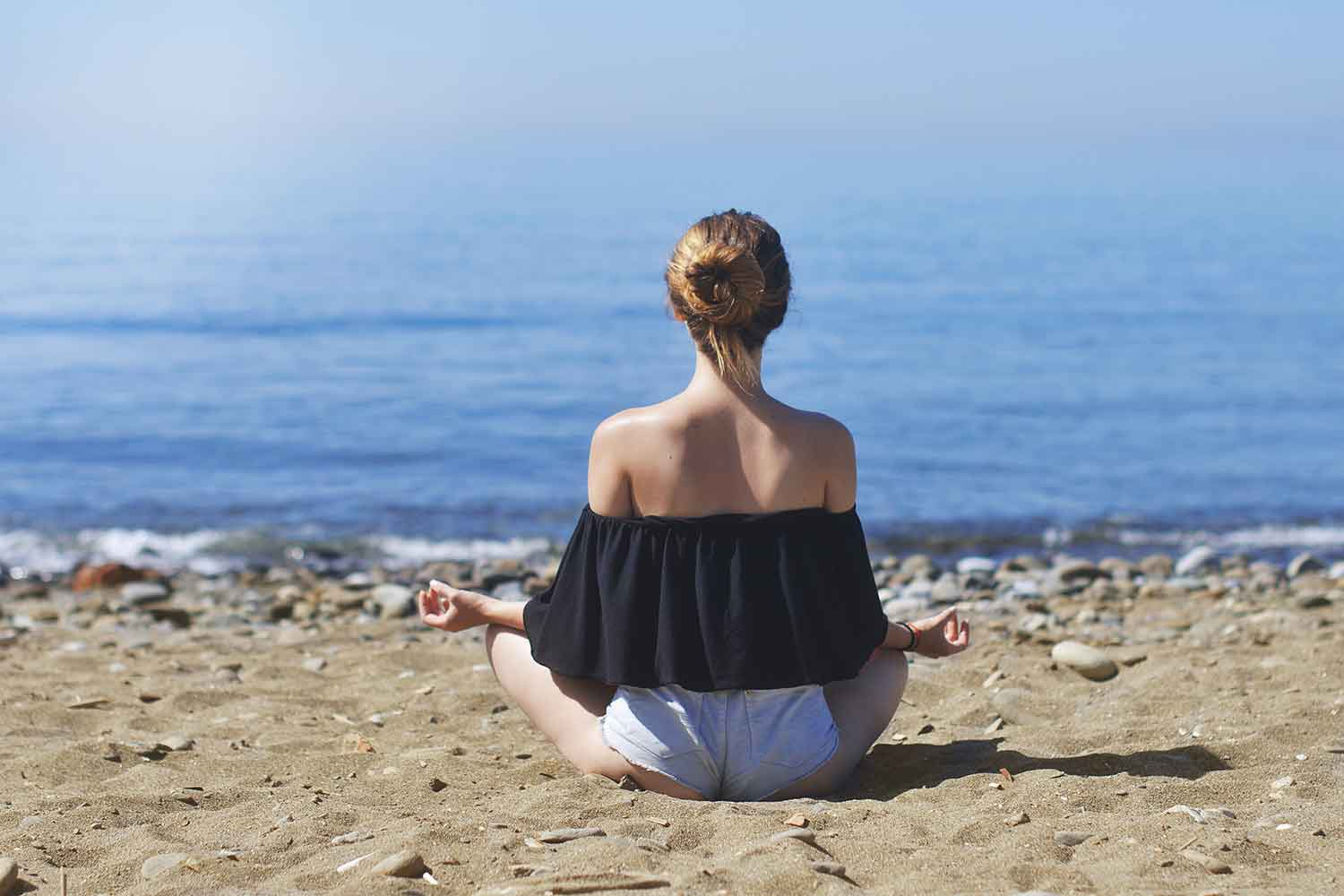 How meditation helps you deal with the world's mental toxins