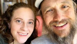 Woman Who Can't Walk Teams Up with Blind Man for Hiking Adventures: 'He's the Legs, I'm the Eyes'